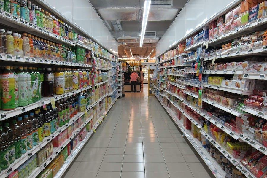 Première étape pour manger moins sucré : les courses et les placards