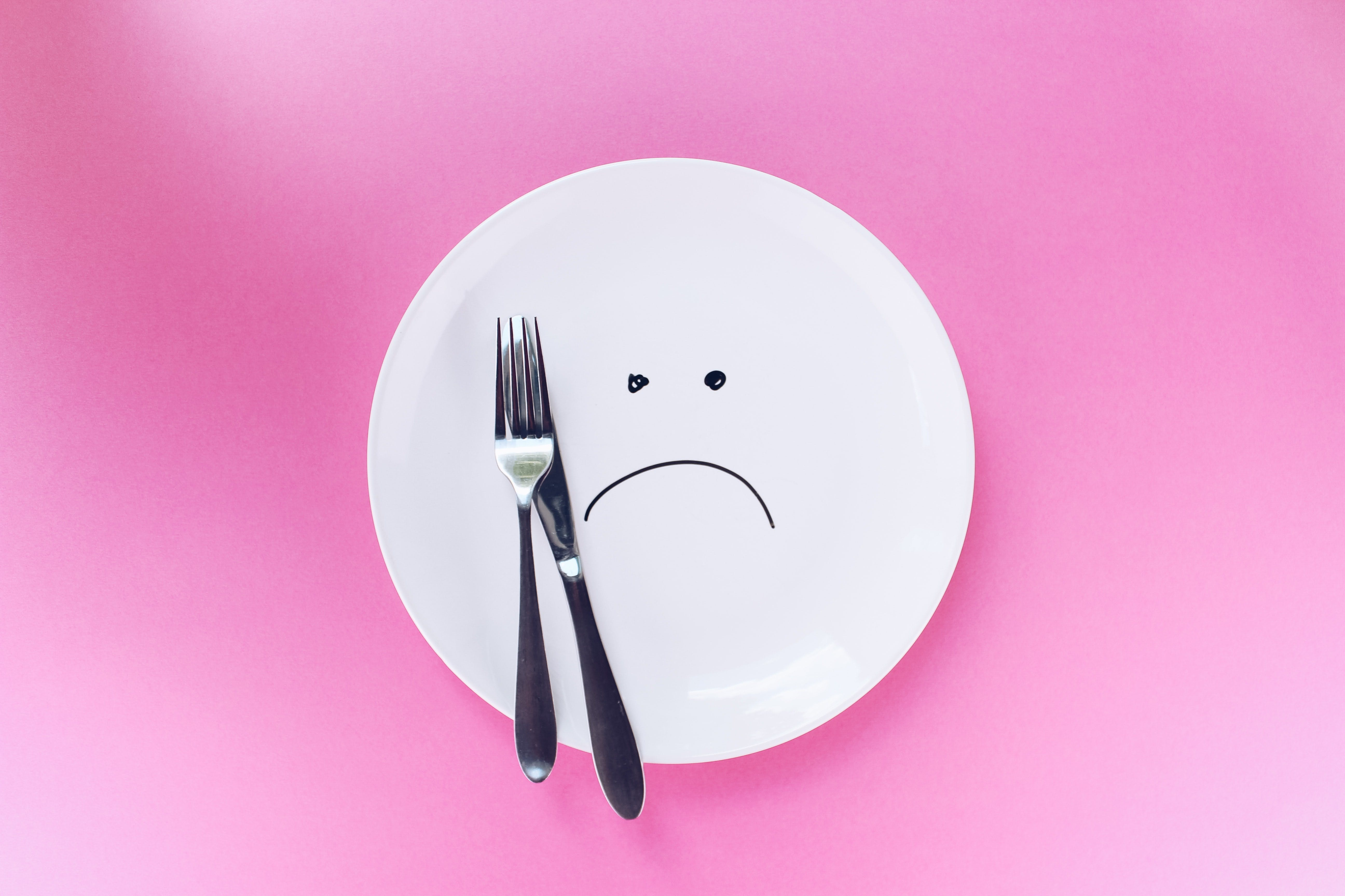 Faim dans le monde : une assiette malheureuse
